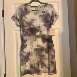 NWT Tresics Beach tie dye cover up Small